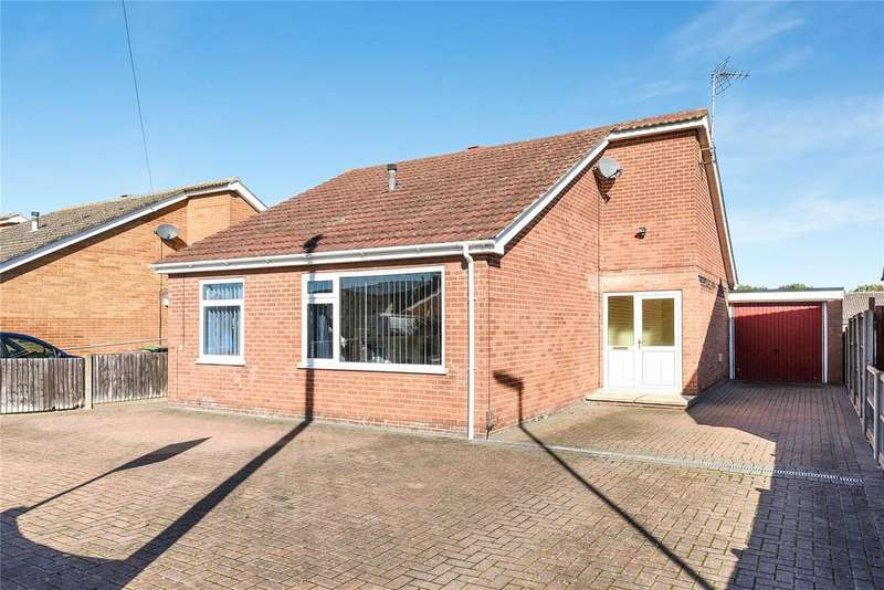 3 Bedrooms Detached Bungalow for sale in Swallow Avenue, Skellingthorpe, LN6