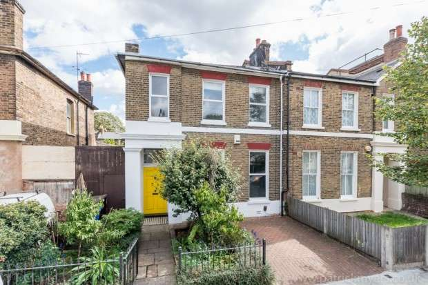3 Bedrooms End Of Terrace House for sale in Montpelier Road, Peckham, SE15