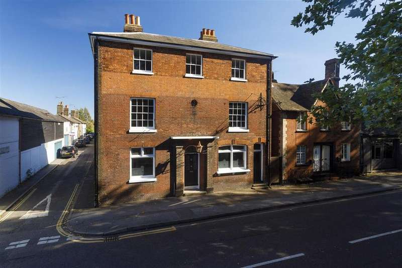 6 Bedrooms Detached House for sale in The Old Crown Anchor, 41 The Mall, Faversham
