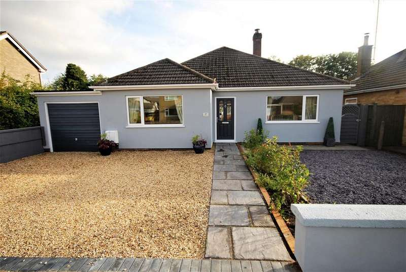 3 Bedrooms Detached Bungalow for sale in 27 Grange Drive, Spalding