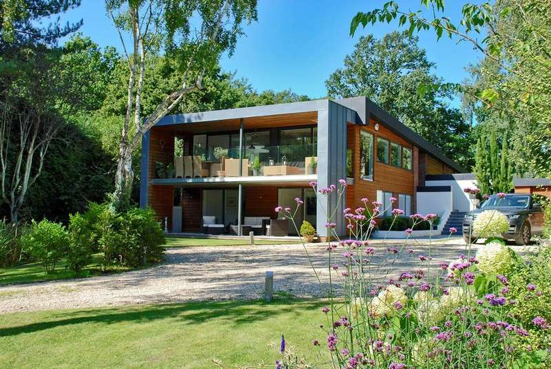 5 Bedrooms Detached House for sale in 7 The Hummicks, Dock Lane, Beaulieu, SO42