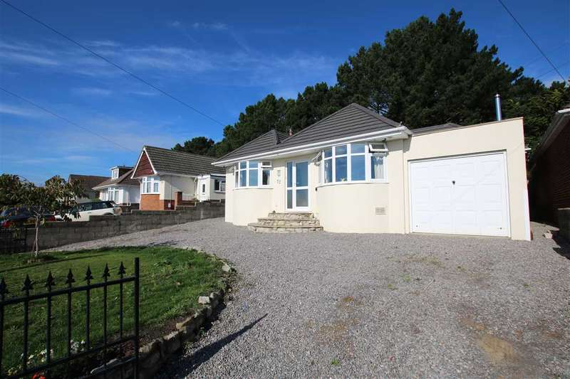 3 Bedrooms Bungalow for sale in Evering Avenue, Poole