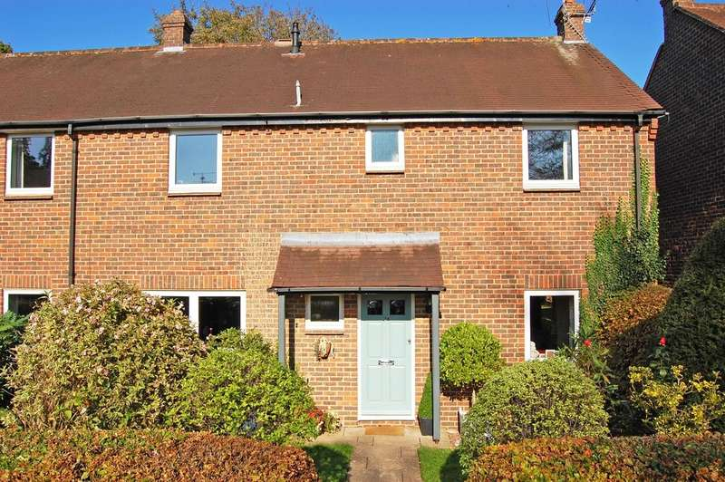4 Bedrooms Semi Detached House for sale in Wood Green, Woodcote, RG8