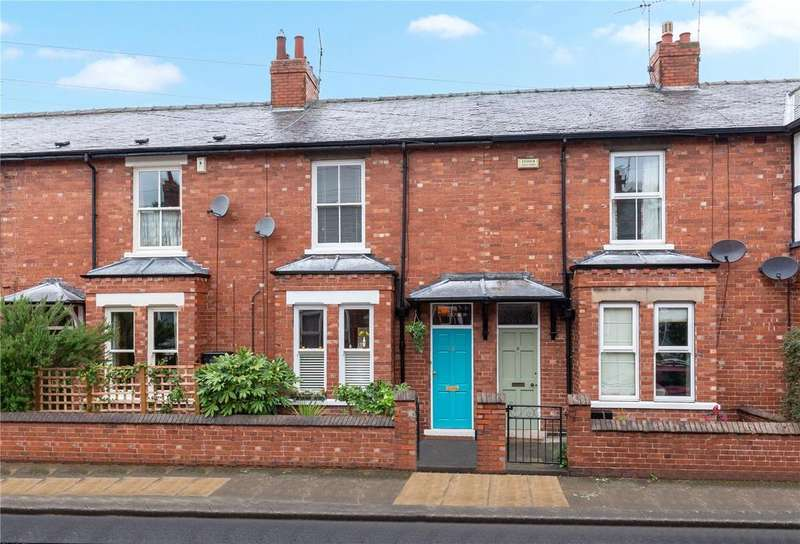 3 Bedrooms Terraced House for sale in Sycamore Terrace, York, YO30