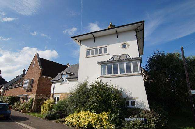 4 Bedrooms Detached House for sale in Augustan Avenue, Shillingstone, Blandford Forum