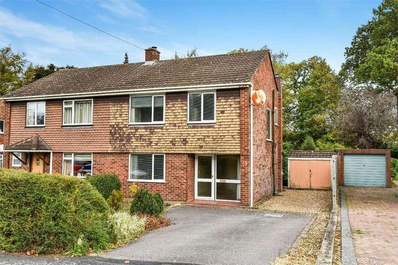 3 Bedrooms Semi Detached House for sale in Pierrefondes Avenue, Farnborough, Hampshire