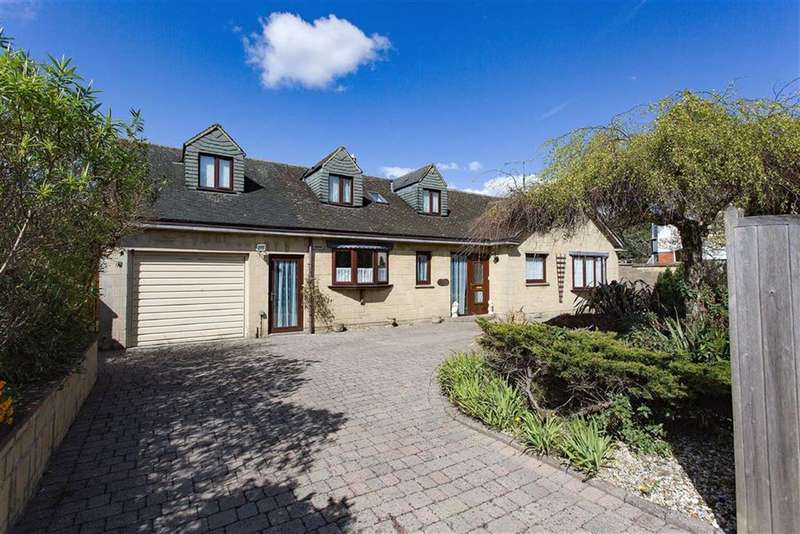 4 Bedrooms Detached House for sale in The Mall, Old Town, Swindon