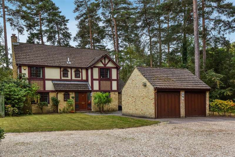 4 Bedrooms Detached House for sale in The Conifers, Pine Ridge, Crowthorne