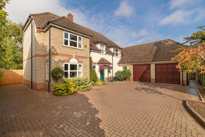4 Bedrooms Detached House for sale in The Thicket, Church St, St Ives
