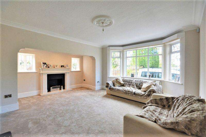 6 Bedrooms Detached House for sale in Brocklebank Road, Southport