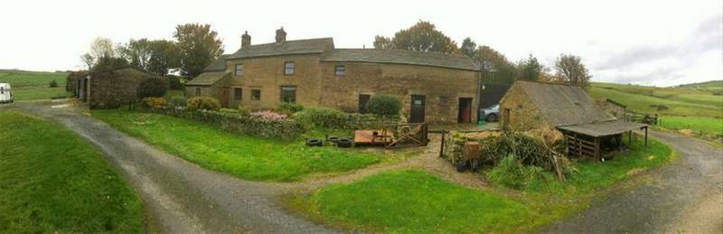 4 Bedrooms Detached House for sale in Quarnford, Derbyshire