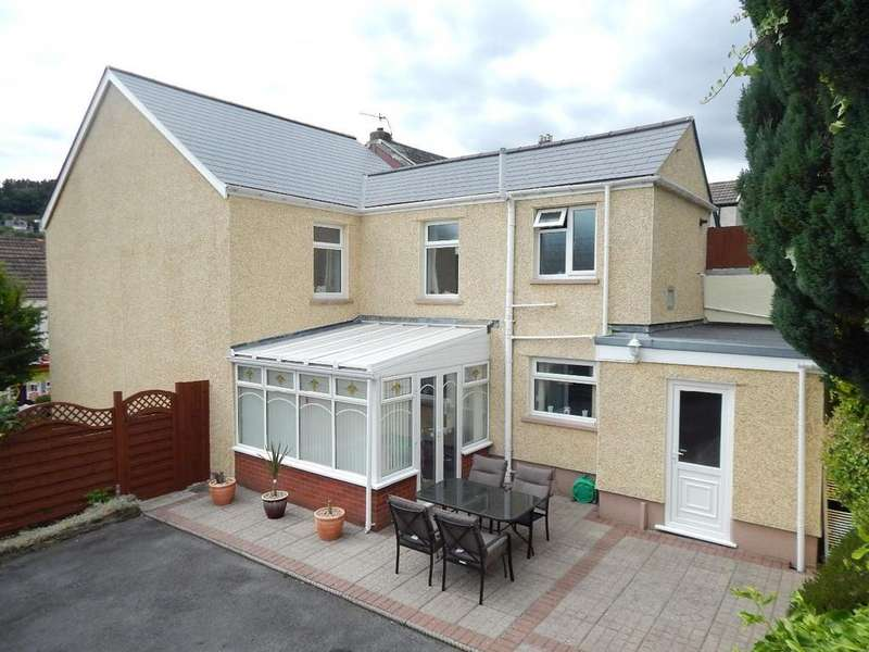 3 Bedrooms Detached House for sale in Tillery Road, Abertillery, NP13 1HZ