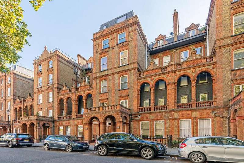 2 Bedrooms Flat for sale in Courtfield Road, South Kensington