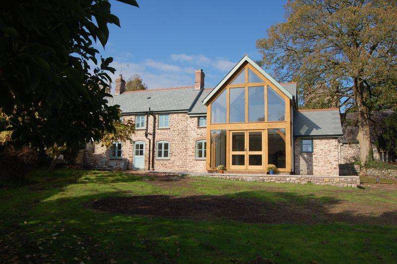 4 Bedrooms Cottage House for sale in Llangybi, Usk