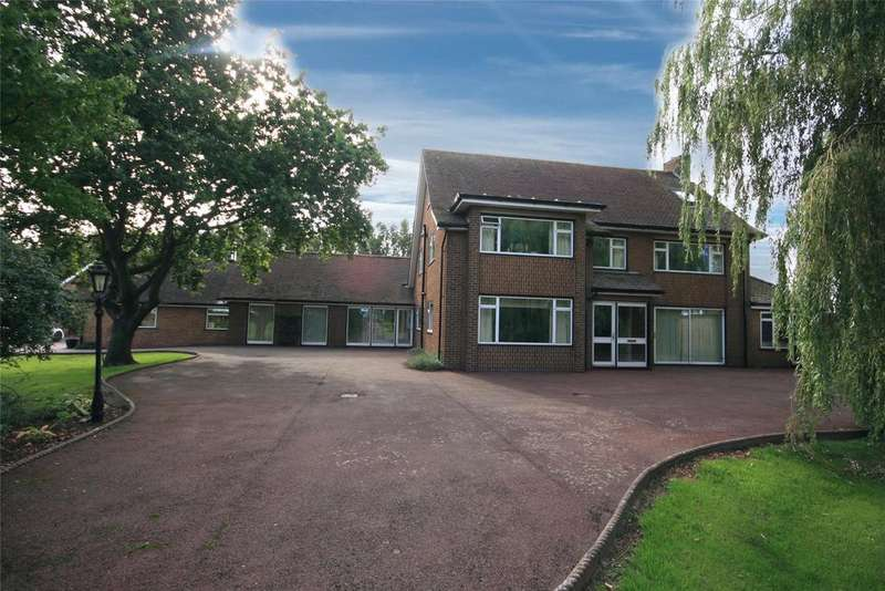 4 Bedrooms Detached House for sale in Rochford Tower Lane, Boston, PE21