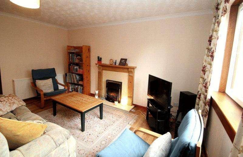 2 Bedrooms Terraced House for sale in Cobden Street, Alva
