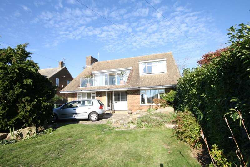 4 Bedrooms Detached House for sale in Barnhorn Road, Bexhill on Sea, TN39