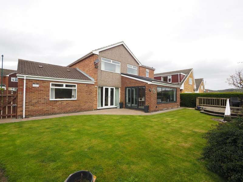 4 Bedrooms Detached House for sale in Bracken Cresent, Guisborough