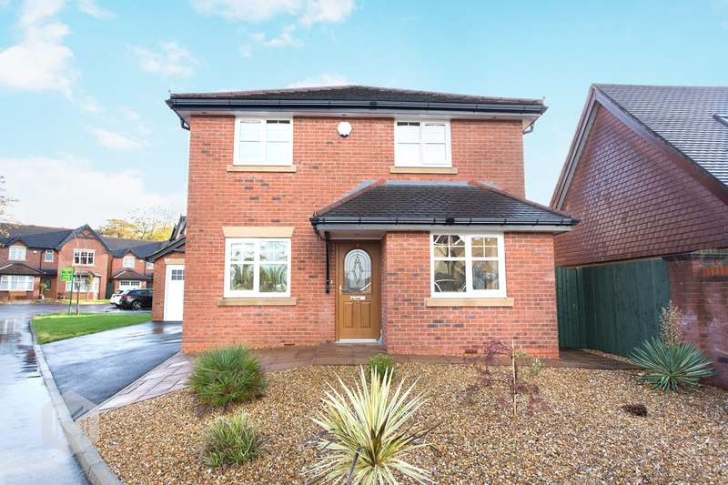 4 Bedrooms Detached House for sale in Cotswold Gardens, Lowton, Warrington, WA3
