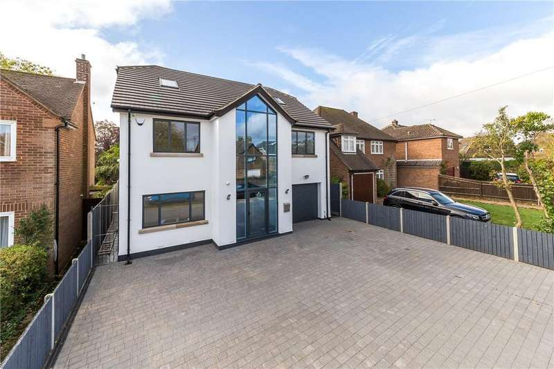 5 Bedrooms Detached House for sale in St. Stephens Avenue, St. Albans, Hertfordshire