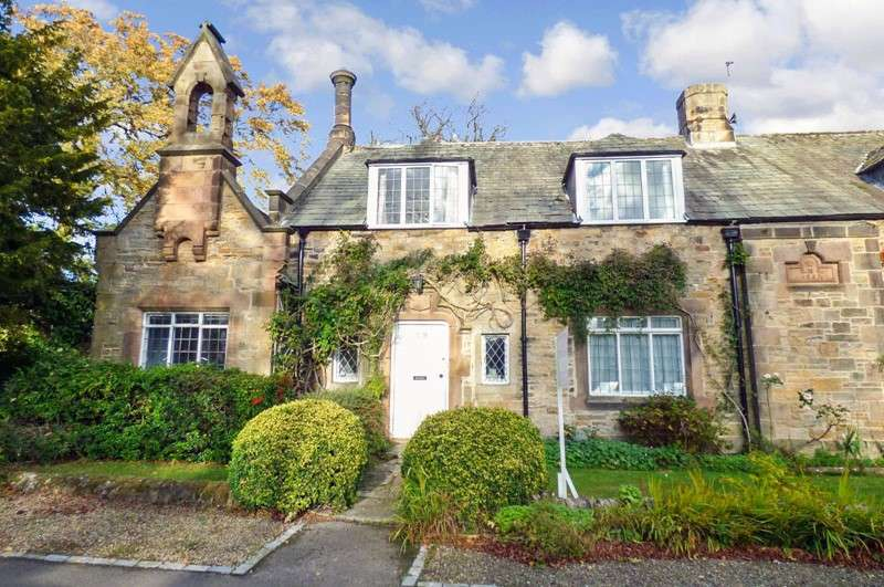 5 Bedrooms Property for sale in The Village, Brancepeth, Durham, Durham, DH7 8DG
