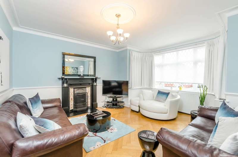 5 Bedrooms House for sale in Rossdale Drive, Kingsbury, NW9
