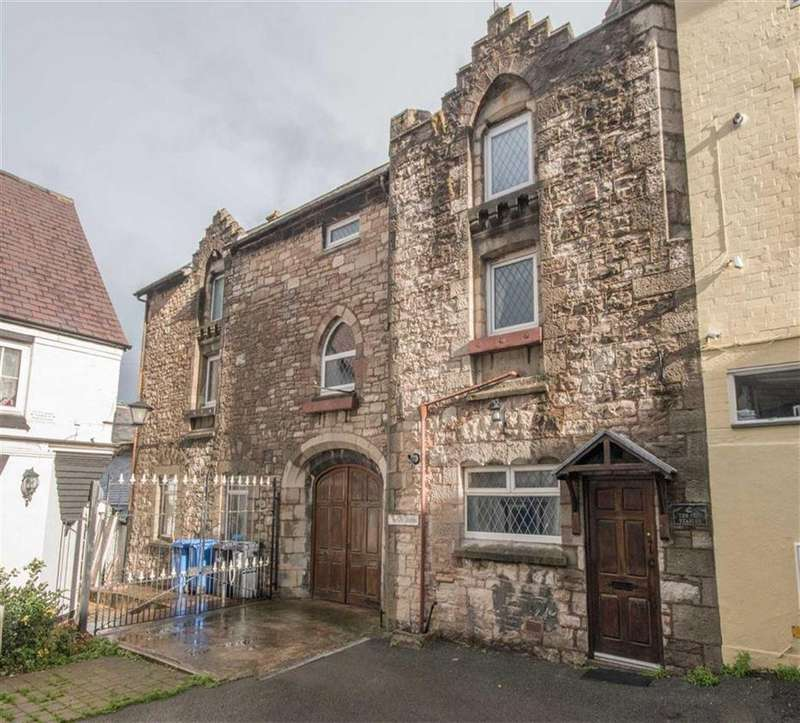 3 Bedrooms Town House for sale in Back Row, Denbigh