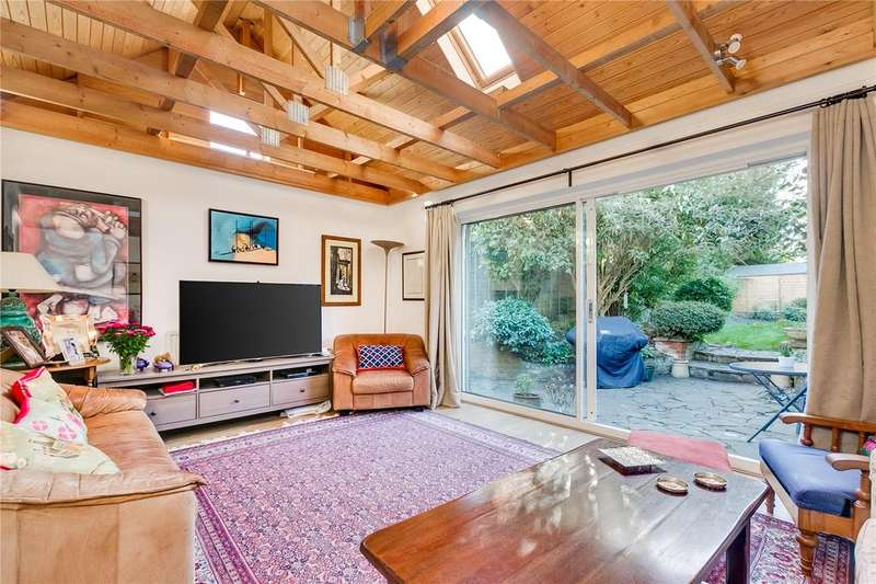 3 Bedrooms Detached House for sale in Lonsdale Road, Barnes, London
