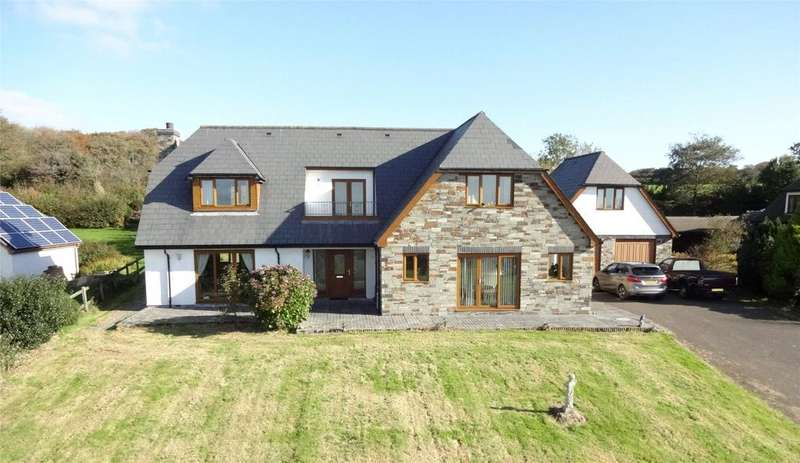4 Bedrooms Detached House for sale in Bowood Park, Lanteglos