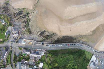 9 Bedrooms Semi Detached House for sale in Beach Road, Benllech, Anglesey, North Wales, LL74