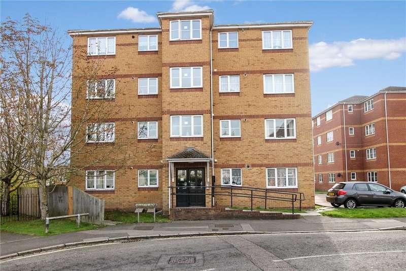 2 Bedrooms Apartment Flat for sale in Edward Court, Halimote Road, Aldershot, Hampshire, GU111JP
