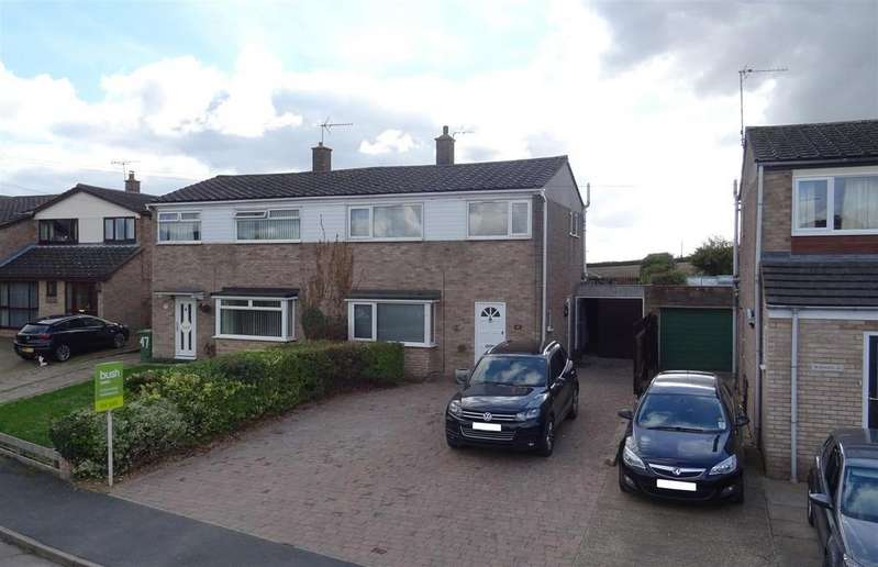 3 Bedrooms Semi Detached House for sale in Caraway Road, Fulbourn, Cambridge