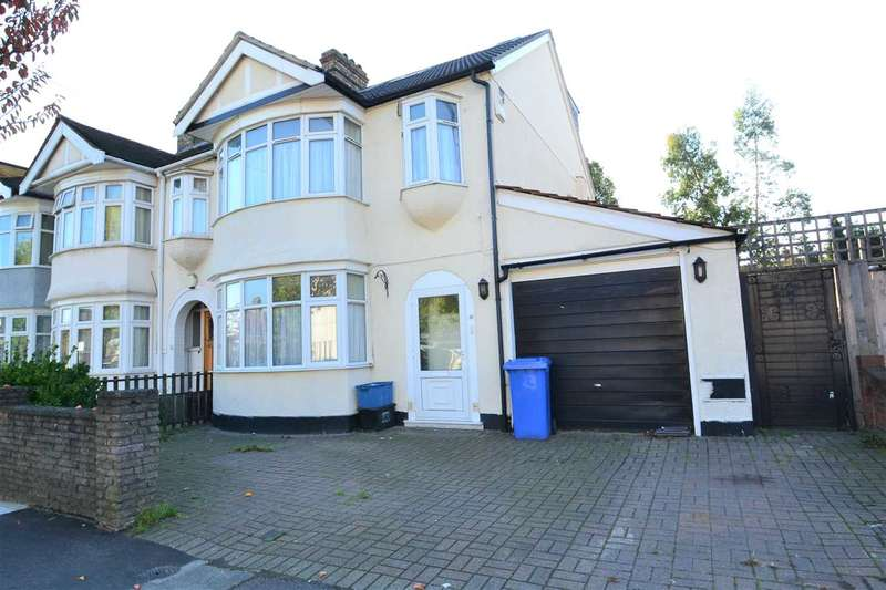 5 Bedrooms Semi Detached House for sale in Virginia Gardens, Barkingside, Ilford