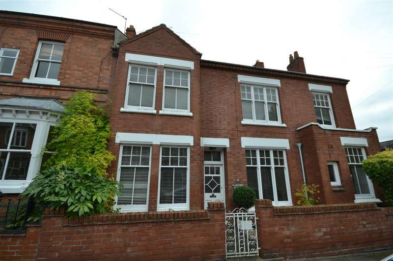 3 Bedrooms Semi Detached House for sale in Clarendon Park