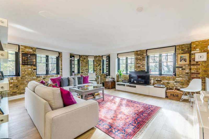 2 Bedrooms Flat for sale in Sanctuary Court, Wapping, E1W