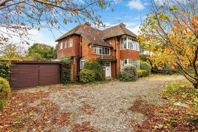 3 Bedrooms Detached House for sale in Crakell Road, Reigate, Surrey, RH2