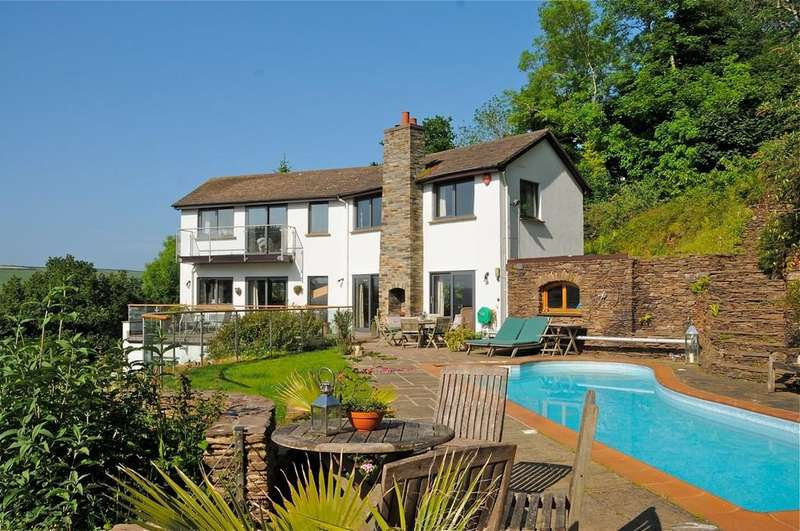 5 Bedrooms Detached House for sale in Upper Wood Lane, Kingswear