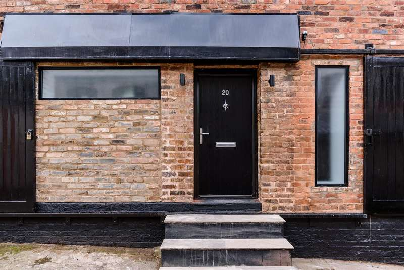 3 Bedrooms Town House for sale in Jewellery Quarter, Birmingham