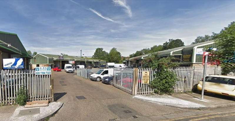 Detached House for sale in Bolina Road, Rotherithe, London, SE16 3LF