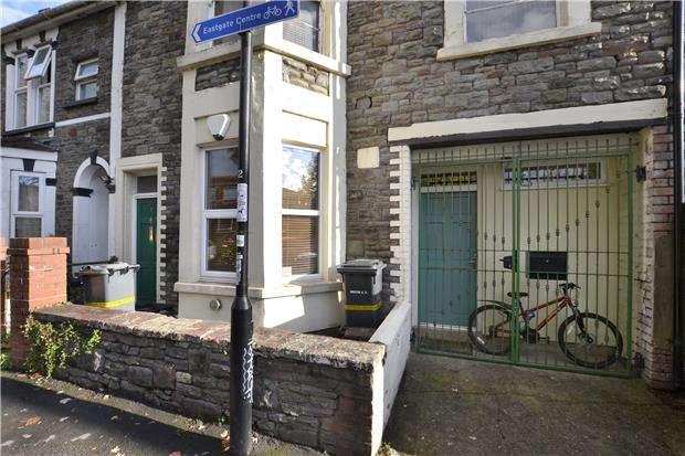 2 Bedrooms Flat for sale in Gordon Road, St. Pauls, Bristol, BS2 9RN