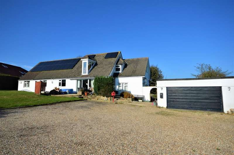 7 Bedrooms Detached House for sale in Alkham Valley View
