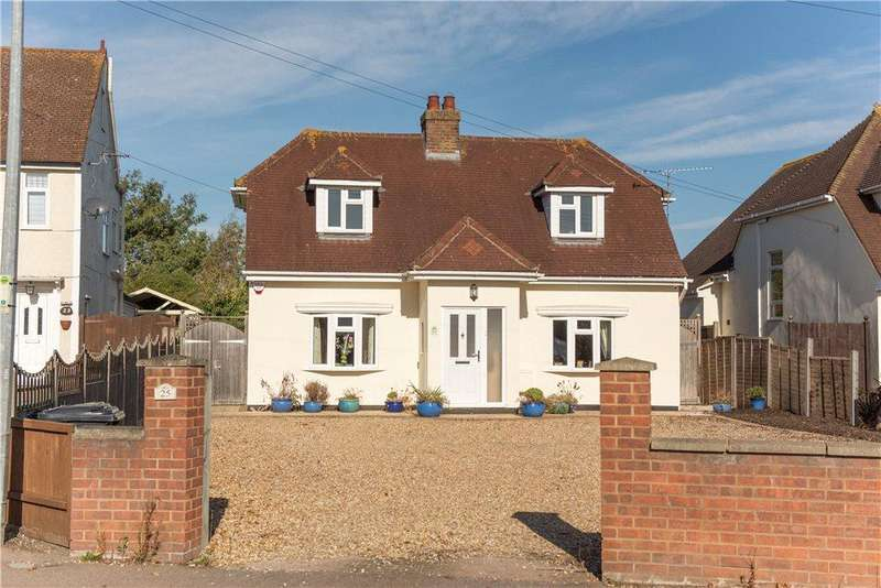 4 Bedrooms Detached House for sale in Upper Shelton Road, Marston Moretaine, Bedford, Bedfordshire