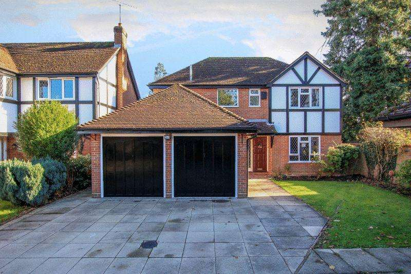 4 Bedrooms Detached House for sale in Trinity Mews, Hemel Hempstead