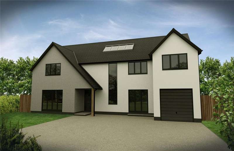 4 Bedrooms Detached House for sale in Milbourne, Malmesbury, SN16