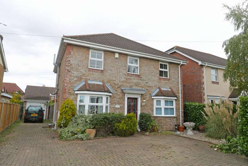 4 Bedrooms Detached House for sale in Arundel Road, Benfleet SS7
