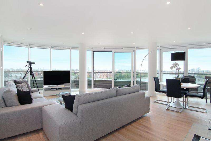 3 Bedrooms Apartment Flat for sale in Stunning Three Bedroom 9th Floor Apartment in Putney Wharf Tower