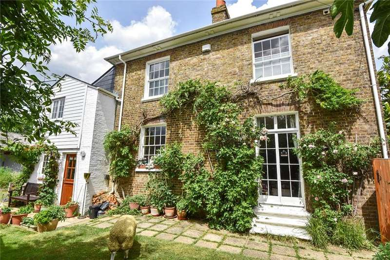 4 Bedrooms Detached House for sale in St. Lukes Road, Old Windsor, Windsor, Berkshire, SL4