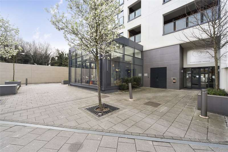 2 Bedrooms Flat for sale in Hurricane House, Coombe Lane, Wimbledon, London, SW20