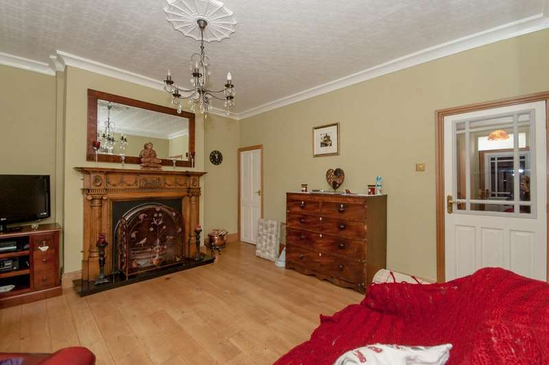 2 Bedrooms Terraced House for sale in West View, Clitheroe, Lancashire, BB7