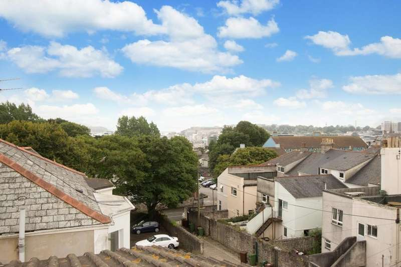 7 Bedrooms Terraced House for sale in Whitefield Terrace, Greenbank